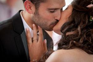 mariage-bisou-mairie-verdun-couleur