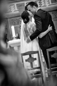 mariage-eglise-noir-et-blanc