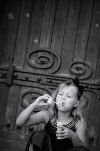 mariage-enfant-bulles-noir-et-blanc