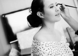 mariage-preparatifs-maquillage-noir-et-blanc