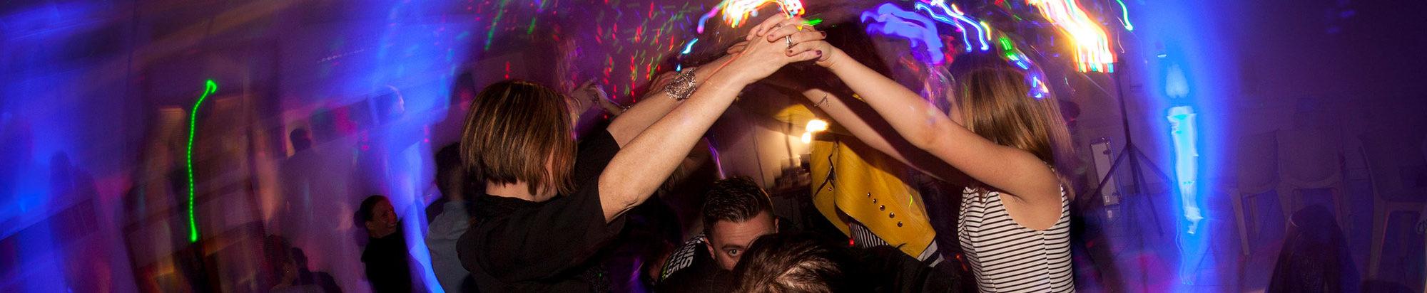 danseurs sur le dancefloor