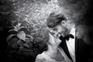 mariage-couple-noir-et-blanc